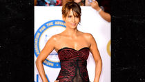 Halle Berry Goes Commando for NAACP Image Awards