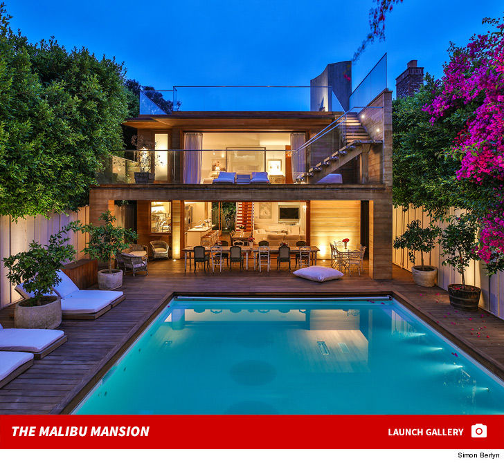 Pam Anderson Is Living In Europe, At Least For Now, So It Makes Sense That,  Rather Than Just Letting Her Awesome Malibu Home Sit Empty, Sheu0027s Leasing  It For ...