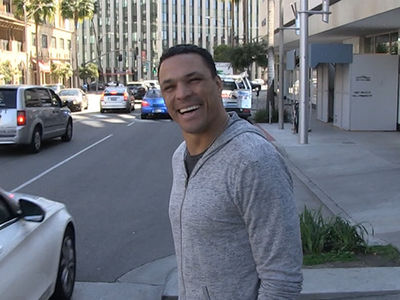 Tony Gonzalez: Tom Brady's Not the G.O.A.T., Just Had the 'Best Career'