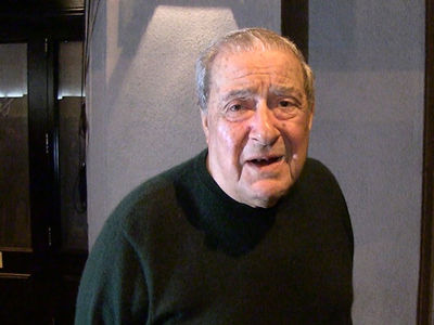 Bob Arum Shocked By Mayweather Sr. Allegations, 'He's a Nice Guy'