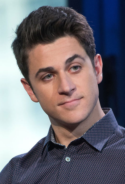 'Wizards of Waverly Place' star David Henrie was detained at Universal CityWalk back in 2010. He was cited for challenging a person to a fight (similar to disturbing the peace) and was later released to his father.