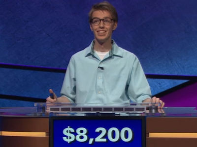'Jeopardy' Contestants Hilariously Botch Football Category