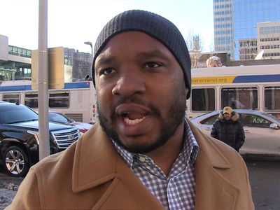 Nick Foles Will Get $25 Mil Per Year If He Wins, Says Maurice Jones-Drew