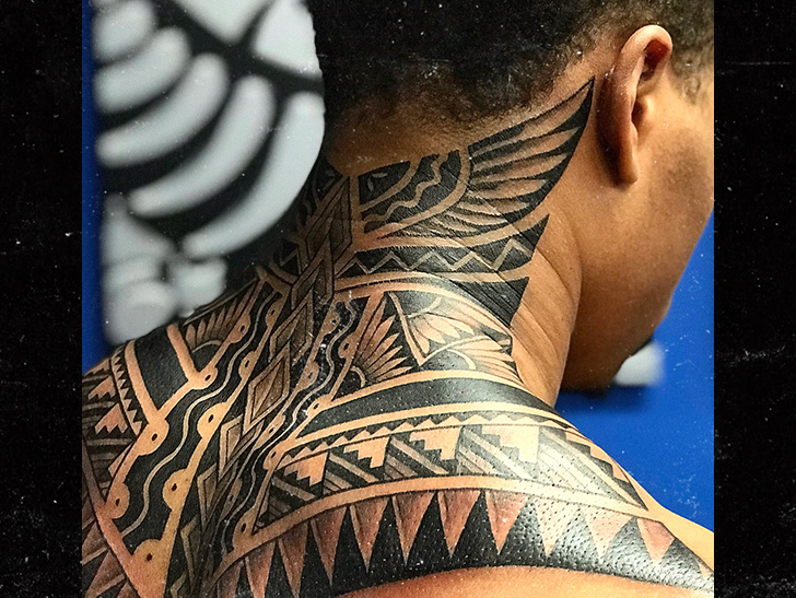 Nfl 39 s marvin jones gets sick tribal neck tattoo with for Nfl tattoos gallery