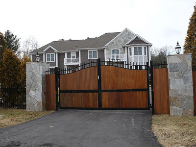 Rob Gronkowski's Robbed Mansion Had Gates with Spikes