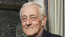 'Frasier' Star John Mahoney Cause of Death, Brain Disease, Lung Cancer