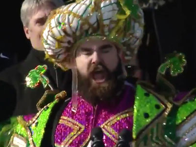 Eagles' Jason Kelce Destroys Everyone In Fiery Super Bowl Parade Speech
