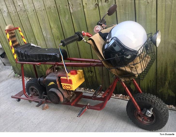 34475f439 Dumb and Dumber' Mini Bike Sells for $50k to Lucky Single Guy | TMZ.com
