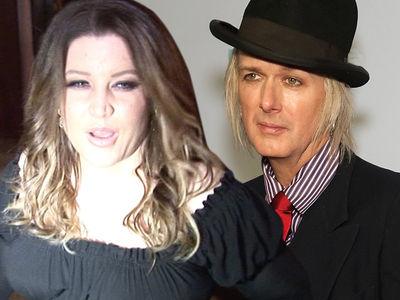 Lisa Marie Presley Says She's $16 Million in Debt