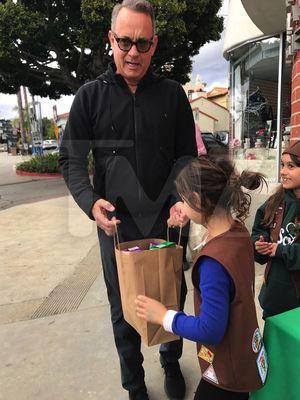 Tom Hanks Buying Girl Scout Cookies