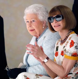 Queen Elizabeth at London Fashion Week