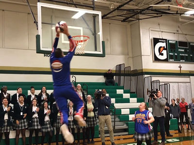 Harlem Globetrotters Get Alley-Oop from H.S. Fan With Down Syndrome