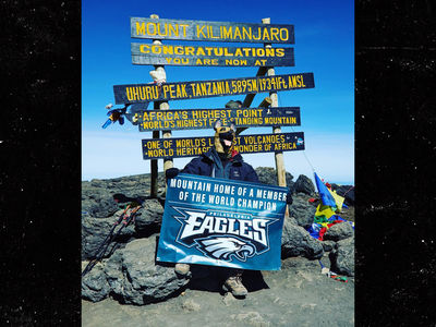Eagles' Chris Long Rocks Dog Mask on Peak of Mount Kilimanjaro
