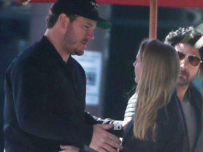 Chris Pratt on Coffee Date with Mystery Blonde