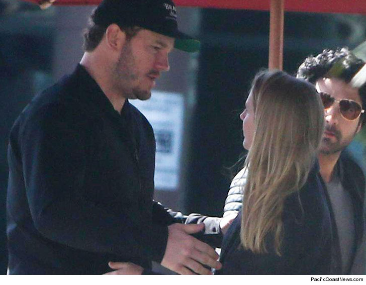 Chris Pratt looked like a single guy back in the dating saddle as he met up  with a woman ... who happens to look a lot like his estranged wife.