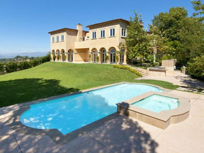 Mariah Carey Leases Massive Beverly Hills Mansion