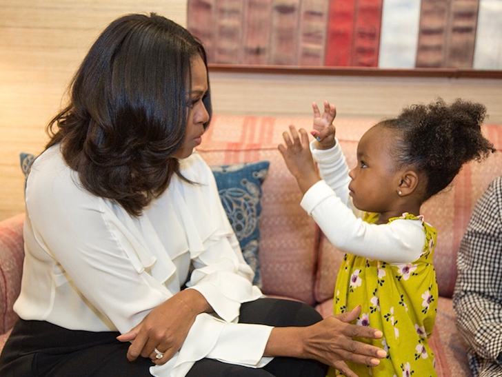 Michelle Obama Meets 2 Year Old Girl Who Was Awed By Her Portrait