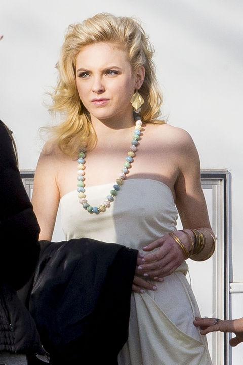 Katherine Neff plays Lovey.