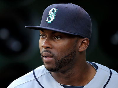 Milton Bradley Charged with Battery, Allegedly Beat Up Wife