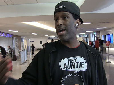 Boyz II Men Singer Shawn Stockman Says It's Time to Stop Hating Chris Brown