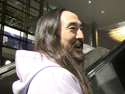 Steve Aoki Describes 'Holy S**t' Moment of Riding Shaq Just Like Gronk