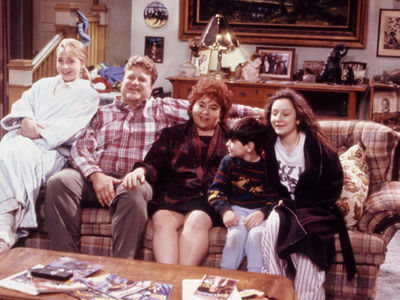 'Roseanne' Original Couch Not in Smithsonian as John Goodman Claimed