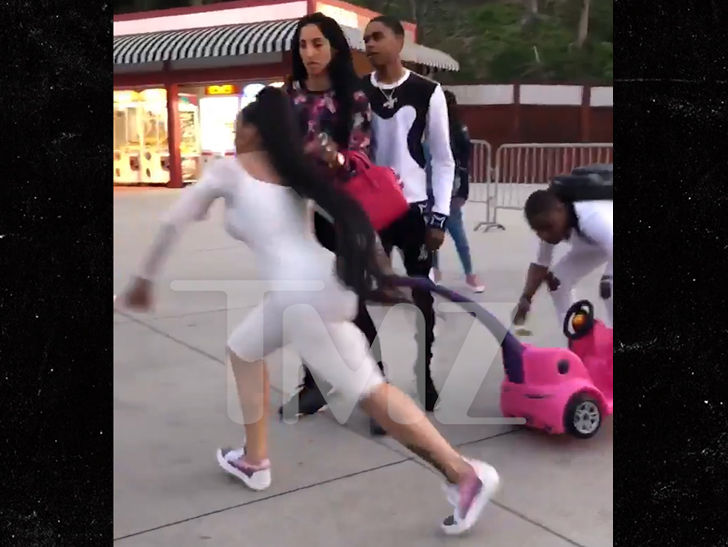 Blac Chyna Loses Stroller Deal After Six Flags Fight Tmz