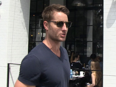 'This Is Us' Star Justin Hartley Talks About Coping After Losing Dog