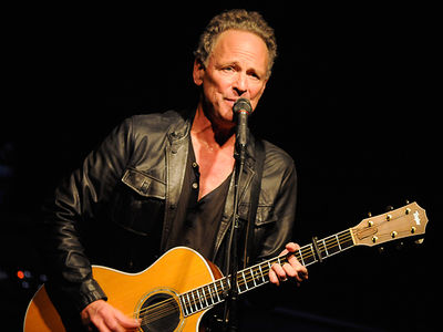 Fleetwood Mac's Lindsey Buckingham Leaves the Band as Farewell Tour Ramps Up