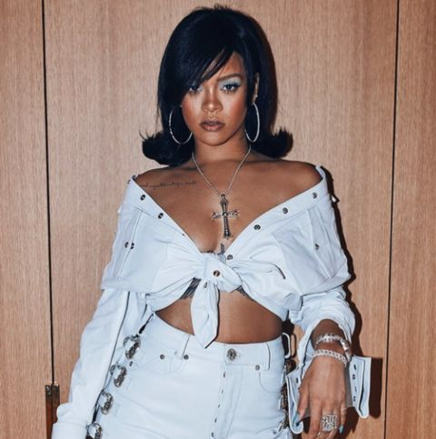 Rihanna Coachella ready.