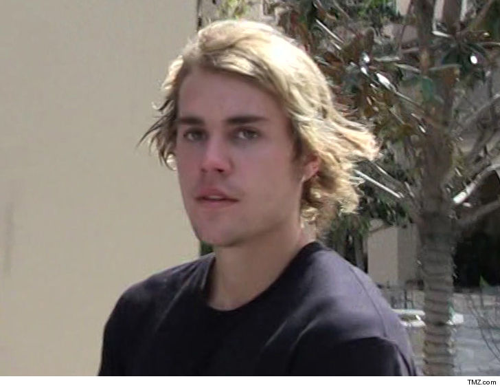 88e1f1a84682 Justin Bieber Punches Man Who Grabbed Woman By the Throat at Coachella Party