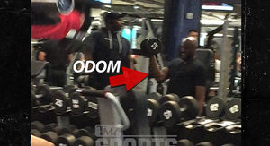 Lamar Odom Lifting Weights at Gold's Gym, Comeback in the Works?