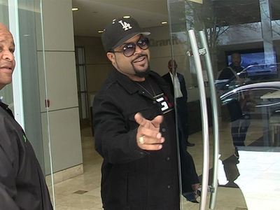 Ice Cube Stunts on Rich Qataris He's Suing for $1B, 'Stay Out of American Sports'
