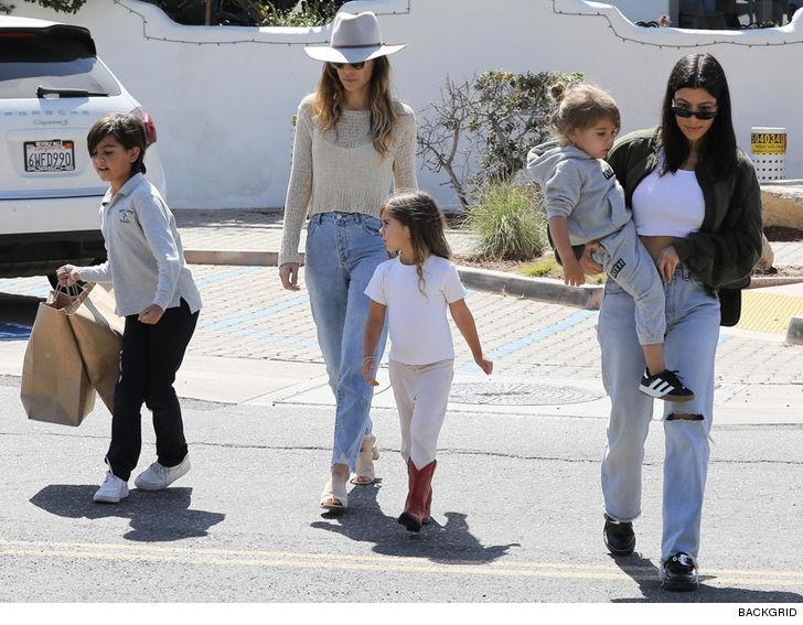 0bef3dc11d17 Kourtney Kardashian Celebrates 39th Birthday with Her Kids