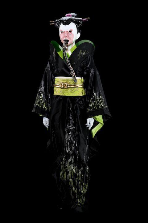 Maciej Hotel Geisha (Hannah Tasker-Poland) Geisha…sk and Costume