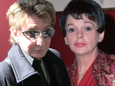 Barry Manilow Sued for Using Judy Garland Songs at His Shows