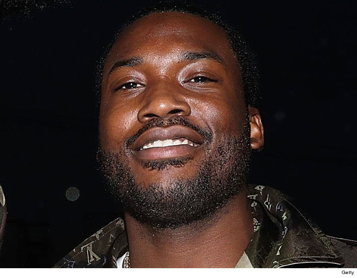 Meek Mill takes chopper to basketball game after prison release