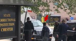Kevin Hart Visits Meek Mill in Philadelphia Prison