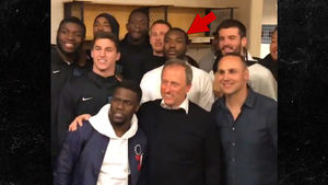 Meek Mill Chilled with Villanova Squad Before 76ers Game