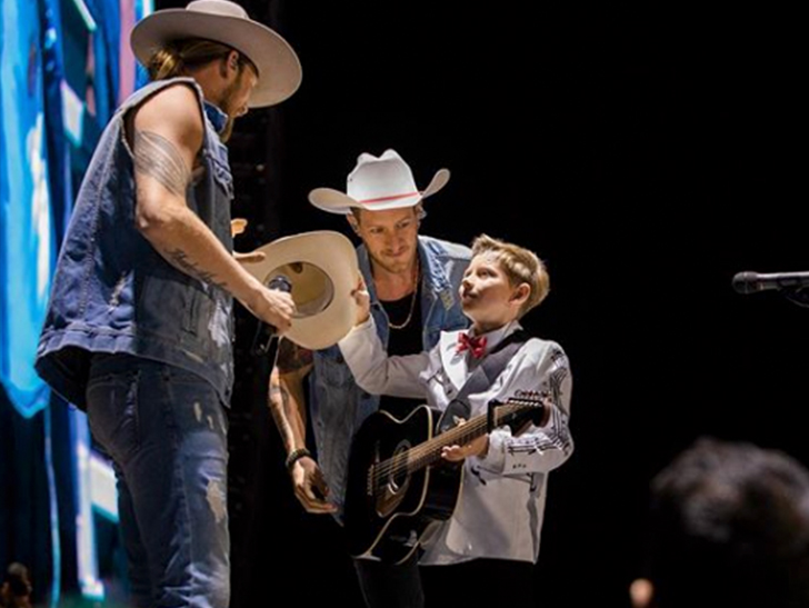 Yodeling Kid Mason Ramsey Signs To Atlantic Records, Releases 1st Single