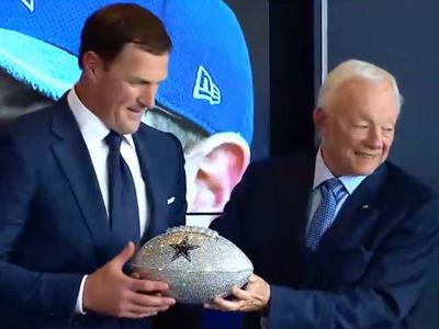 Jerry Jones Gives Jason Witten Diamond-Covered Football as Retirement Gift