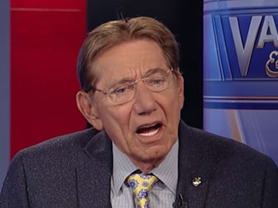 Joe Namath Defends Colin Kaepernick, He's Good Enough to Be Signed!