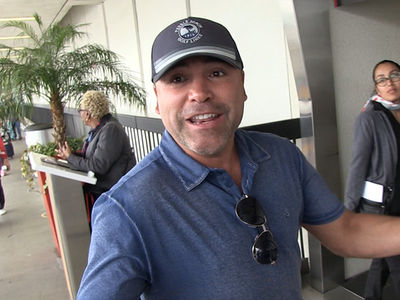 Oscar De La Hoya 'Finalizing Contracts' for Chuck Liddell Comeback