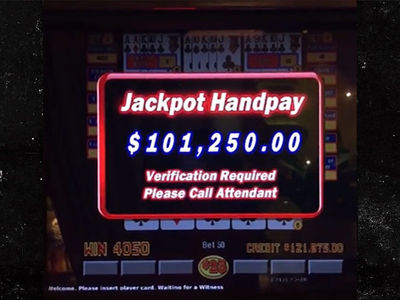 Floyd Mayweather Hits $100,000 Jackpot In Video Poker