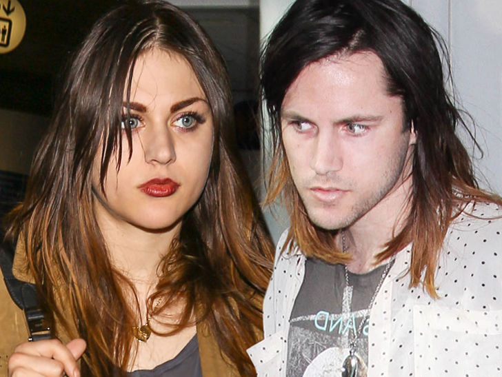 Frances Bean Cobain Settles with Ex-Husband, He Gets Kurt