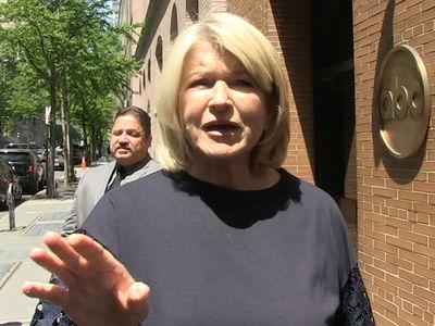 Martha Stewart's Shocked to Hear Oprah Smokes Weed