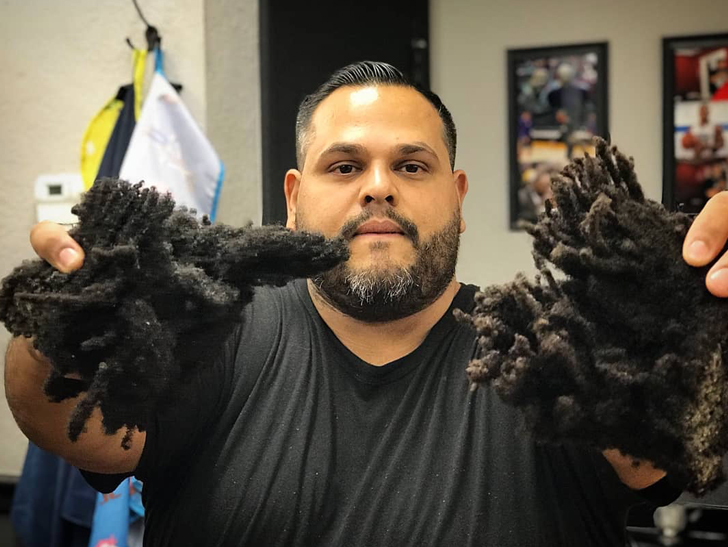 While we're mourning the loss of the locks ... Suns fans are probably rejoicing ... 'cause there have been several instances where his 'do got in the way of ...