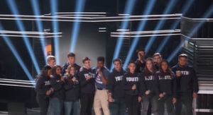 Shawn Mendes Performs with MSD Choir Students at Billboard Music Awards