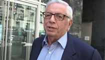 Ex-NBA Commish David Stern Says Roger Goodell's Doing A 'Great Job'