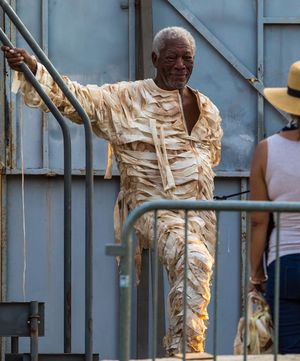 Morgan Freeman on Set for 'Going In Style'